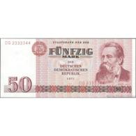 TWN - GERMANY, DEMOCRATIC REPUBLIC 30a - 50 Mark 1971 Prefix DG UNC - [ 6] 1949-1990 : RDA - Rep. Dem. Tedesca