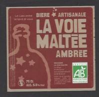 Etiquette De Bière Ambrée  -  Brasserie La Voie Maltée à  Saint Jean De Thurigneux (01) - Bière