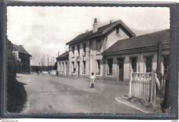 Carte Postale 59. Thumeries  La Gare  Très Beau Plan - Autres Communes