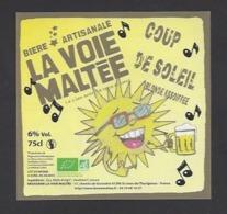 Etiquette De Bière Blonde  -  Coup De Soleil  -  Brasserie La Voie Maltée à  Saint Jean De Thurigneux (01) - Bière