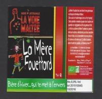 Etiquette De Bière D'Hiver  - La Mère Fouettard  -  Brasserie La Voie Maltée à  Saint Jean De Thurigneux (01) - Bière