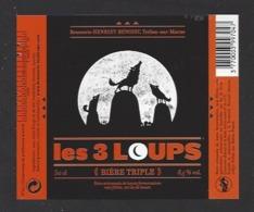 Etiquette De Bière Triple  - Les 3 Loups  -  Brasserie Henriet Benoist à Trelou Sur Marne (02) - Bière