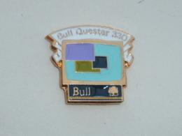 Pin's BULL QUESTAR 330 - Informatique