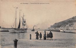 FECAMP - Terre-Neuvier Prenant La Mer - Fécamp