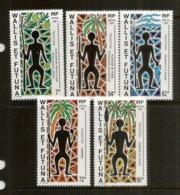 Traditions Polynesiennes. (Planteur De Taros,fruits à Pain,pécheur,guerrier,danseur,etc). 5 Timbres Neufs ** ILES WALLIS - Autres