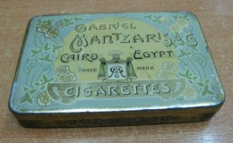 AC - GABRIEL MANTZARIS & CO CAIRO EGYPT CIGARETTES CIGARETTE - TOBACCO EMPTY VINTAGE TIN BOX - Schnupftabakdosen (leer)