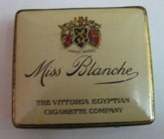 AC - MISS BLANCHE MARQUE DEPOSEE THE VITTORIA EGYPTIAN CIGARETTE COMPANY CIGARETTE - TOBACCO EMPTY VINTAGE TIN BOX - Tabaksdozen (leeg)