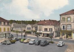 Citroen DS,2 CV,Peugeot 203+C-5 Fourgonette,Auvers-sur-Oise, Gelaufen - PKW