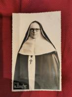 Photographie * Religieuse Du Photographe Boucher à Rouen  (mère Margerite Aout 1950 ) - Personnes Anonymes