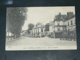 SAINT CYR SUR LOIRE    1910 /  VUE  RUE ANIMEE & COMMERCES   ..  EDITEUR - Saint-Cyr-sur-Loire