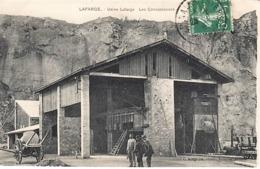 [07] Ardèche >Usine  Lafarge à Cruas En Ardèche. Carte Peu Courante  ANIMÉE -CIRCULÉE-23/08/1910 - France