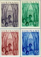 Suriname 1954 Jeugdwerk - NVPH 312 MH* Ongestempeld Met Plakker - Hinged - Suriname ... - 1975