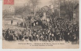 Aisne CHARLY SUR MARNE Obsèques De M. Moriot , Député De L'Aisne,  La Foule Derrière Le Cortège - Other Municipalities