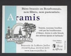 Etiquette De Bière  -  Aramis -  Brasserie La Motte Juillet à Tréban   (03) - Birra