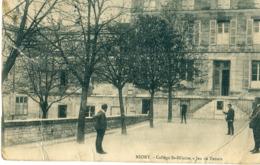 79 - Niort : Collège Saint Hilaire - Jeu De Tennis - Niort