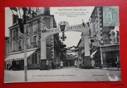 79 - PARTHENAY - Aout 1919 :Fêtes Retour Du 3ème Bataillon 114° Régiment  D'Infanterie - Arc De Triomphe, Rue Nationale - Parthenay