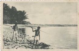 Océanie - Micronésie - Palaos - Republic Of Palau - Les îles Carolines - Enfants Pêche - Editions Jésuites Missions Lyon - Micronesia