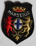 écusson Brodé Ancien Ville De Marseille Armoiries Blason - Scudetti In Tela