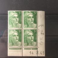 Timbres Neuf 1945 - N°719 - (Y&T) Coins Datés 14.3.1945 - Coté 1€ Marianne De Gandon - Dated Corners