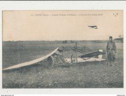 AVORD CENTRE MILITAIRE D AVIATION LA GARDE D UN AVION BRISE CPA BON ETAT - 1914-1918: 1ère Guerre