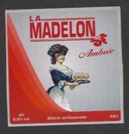 Etiquette De Bière Ambrée  -  La Madelon  - Brasserie Des Vosges  à  Saint Etienne Remiremont  (88) - Birra