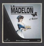 Etiquette De Bière Noire  -  La Madelon  - Brasserie Des Vosges  à  Saint Etienne Remiremont  (88) - Birra