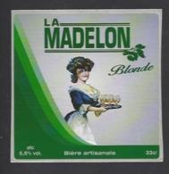 Etiquette De Bière Blonde  -  La Madelon  - Brasserie Des Vosges  à  Saint Etienne Remiremont  (88) - Birra