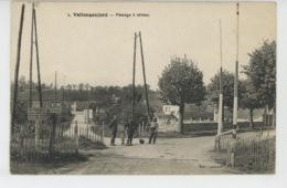 VALLANGOUJARD - Passage à Niveau - France