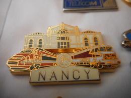 A045 -- Pin's Ballard TGV Nancy Doré Or Fin - TGV