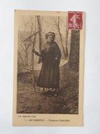 En Corrèze - Paysanne D'autrefois - Collection Eyboulet à Ussel Envoyée Vers Alfort... Lot23 . - Ussel
