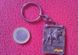LLAVERO OLD KEYRING KEYCHAIN PORTE-CLÉS BULLFIGHTING PLAZA DE TOROS MONUMENTAL LAS VENTAS MADRID VER - Otras Colecciones