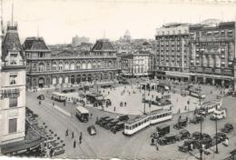 CPA BELGIQUE BRUXELLES  Gare Du Nord Et Place Rogler 1949 (belle Animation) - Spoorwegen, Stations