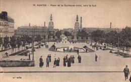 Dep 44 , Cpa NANTES  , 75 , Place De La Duchesse Anne , Vers Le Sud (2647) - Nantes