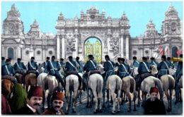 CONSTANTINOPLE - Entrée Du Palais De Dolma Bagtché - Turquie