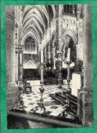 Dinant église Collégiale 13e S. Choeur Chandeliers 17e S. Lutrin 1731 Pupitre 15e S. 2scans - Dinant