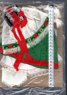 Vetements De Poupée Régionale Folklorique - Dolls