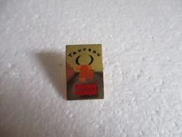 Pins Flunch - Signe Zodiacal Taureau. - Alimentation