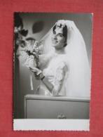 RPPC  Female Bride    Ref 3637 - Marriages