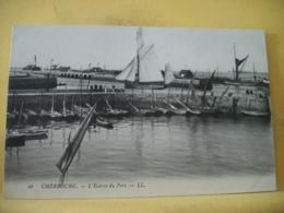 50 6801 CPA - 50 CHERBOURG. L'ENTREE DU PORT. EDIT. LL. N° 26 - ANIMATION. BATEAUX - Cherbourg