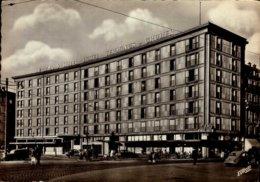 67-STRASBOURG..LE GRAND HOTEL  PLACE DE LA GARE...CPSM GRAND FORMAT ANIMEE - Strasbourg