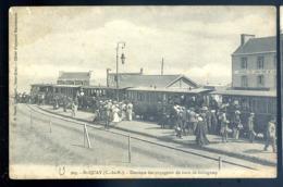 Cpa Du 22  St Quay  - Descente Des Voyageurs Du Train De Guingamp      LZ132 - Saint-Quay-Portrieux