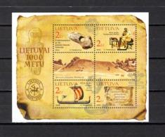 Lituania   2002  .-   Y&T  Nº    26   Block - Lituania