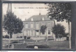 Carte Postale 59. Grand-Fayt  La Mairie  Très Beau Plan - France