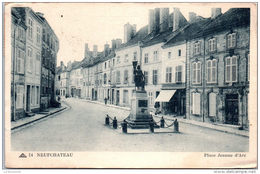 88 NEUFCHATEAU - Place Jeanne D'arc -- - Neufchateau