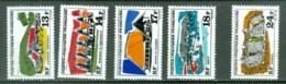 Polynésie 72/76 * * Voir Scan Et Description - Neufs