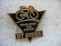 Pin's Velo, Cyclisme, Swiss Spirit For Motion. DT SWISS - Radsport