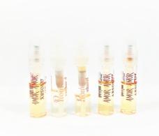 5 échantillons De Parfum  Tubes   AMOR AMOR  ABSOLU  EDP  PROMESSE De CACHAREL - Echantillons (tubes Sur Carte)
