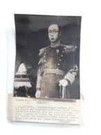 KAISER PU-YI    ORGINELE  PERSFOTO AFMETINGEN 19 CM OP 13 CM EPEROR PUYI CHINA CHINE - Identifizierten Personen