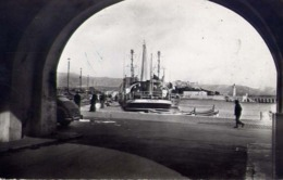 Antibes - Vue Sur Le Port - Formato Piccolo Viaggiata – E 13 - Cartoline