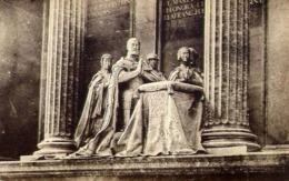 El Escorial - Carlos V Su Mujer Hija Y Hermanos - Gruppo Leoni - Formato Piccolo Non Viaggiata – E 13 - Cartoline
